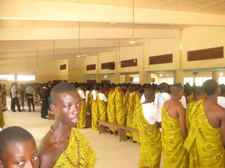 STUDENTS AT THE THANKSGIVING SERVICE